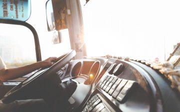 El transporte por carretera acoge con optimismo la aprobación de la ley contra la morosidad